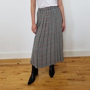 Dresses & Skirts - VINTAGE pleated plaid midi skirt